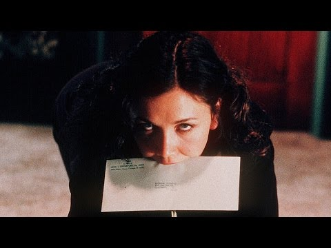 Secretary (2002) -  Trailer ITALIANO