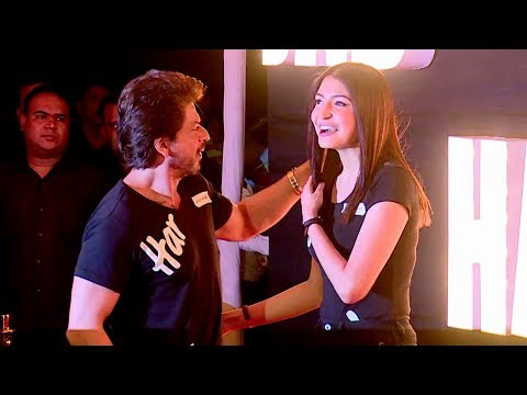 Shahrukh Khan & Anushka Sharma's CUTE & FUNNY Moments At Jab Harry Met Sejal Promotions