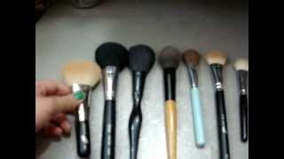 Powder Brush Reviews Thumbnail
