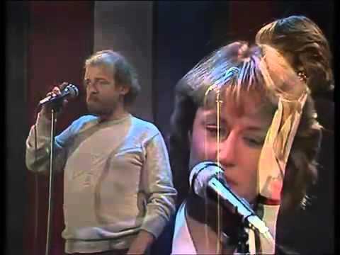 Joe Cocker & Jennifer Warnes - Up where we belong (Live)