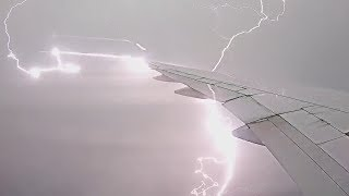 Plane Gets Struck By Lightning