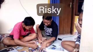 Download Video Kreasi kelompok TIK SMP N 2 Blahbatuh MP3 3GP MP4