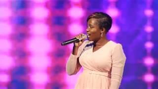 Janet Manyowa - Muri Mwari (Live)