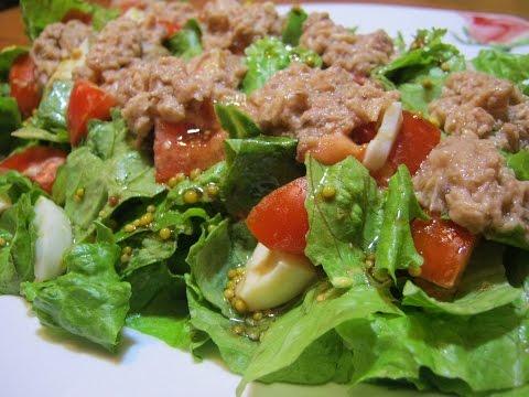 Салат с авокадо и тунцом -