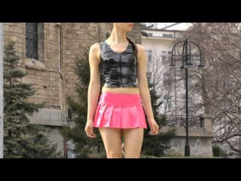 Teen in pantyhoseKaynak: YouTube · Süre: 2 dakika11 saniye