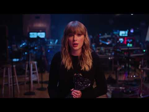 Taylor Swift Acceptance Speech - Female Artist Of The Year | 2018 iHeartRadio Music Awards