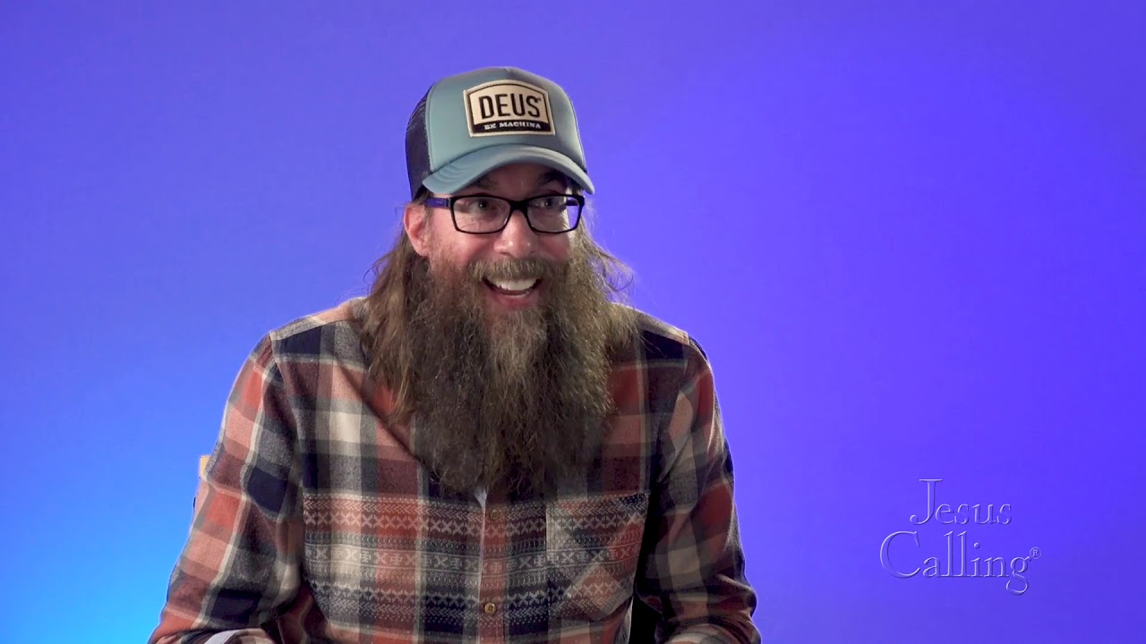 Photo de David Crowder avec un hauteur de 184 cm et à l'age de 49 en 2021