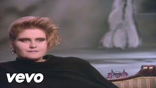 Watch Alison Moyet That Ole Devil Called Love video