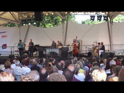 Mulatu Astatke live Paris Jazz Festival 2012-07-22