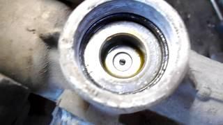 видео Замена рулевой рейки ВАЗ 2110 своими руками: инструкция