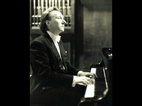 Vladimir Bunin plays Feinberg Piano Sonata no. 11, op. 40