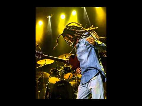 Julian Marley - Sitting in the dark mp3