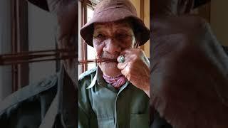 Mak karombi Di Batutumonga tongkonan nek Pong londong