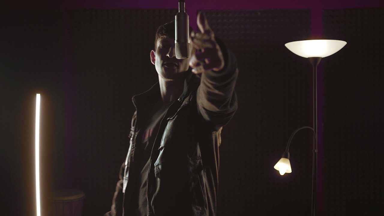 "Fanfan ""FRESH"" prod. MacMuzik (official music video)"