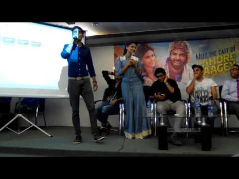 Saba qamar singing song at indus university