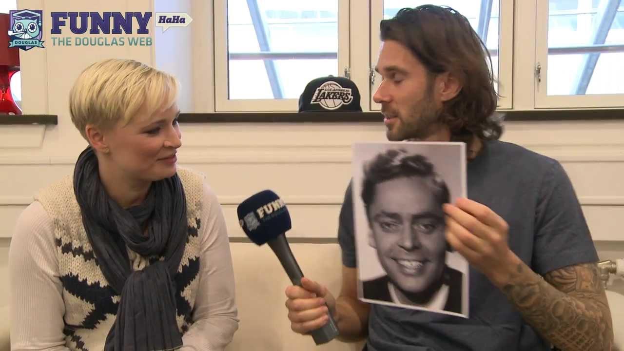 Bag om Live Fra Bremen. Med FunnyHaHa i Sofaen 5
