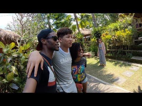 Chinese meet black people for the first time! they go crazy YO