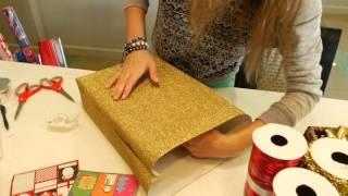 Упаковка подарка на Новый Год под Ёлку(Надя девушка упакует своими руками Новогодний подарок, который она положит под Ёлку., 2015-12-08T03:45:45.000Z)