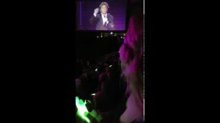 04292016   Barry Manilow 46    Can't Smile Without You