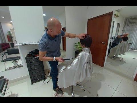 Taglio con capelli asciutti