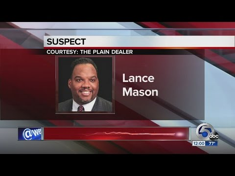 Noon: Judge Lance Mason charged with fel. assault