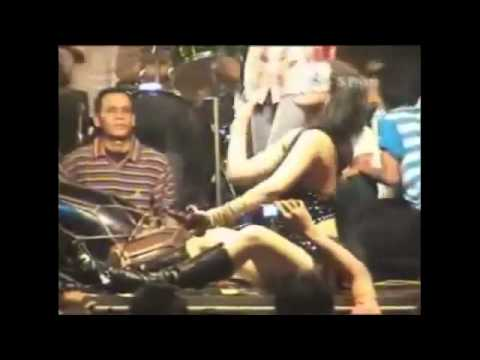 Joged Mela Berbie Dangdut Koplo Hot Doovi