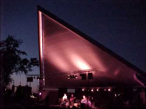 Gordon Lightfoot   2001  As Evening Dims   Del Crary Park   Peterborough On Full Concert