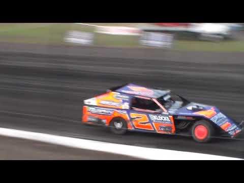 Modified Heat 2 @ Hancock County Speedway 08/12/17