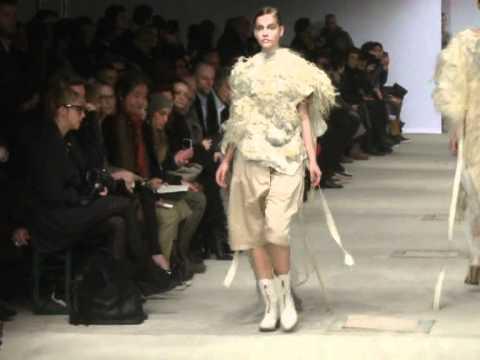 JOSEPHUS THIMISTER Fashion Show - Ready-To-Wear Women's Autumn/Winter 2011/12.