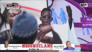 Boubacar montre son talent avec sa bande