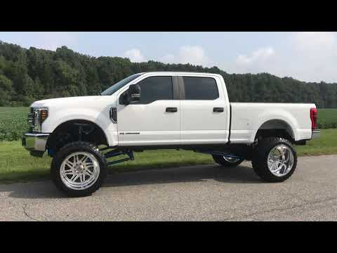 Lifted 2018 Ford F-250 Superduty Crew Cab Short bed.