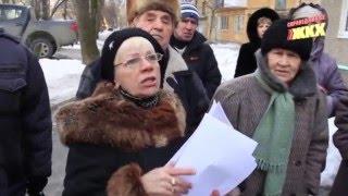 Жители Уралмаша возмущены переходом в УК, за которую не голосовали(Как Справедливое ЖКХ пыталось господина Старокожева на чистую воду вывести., 2016-04-07T13:19:28.000Z)