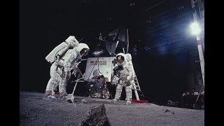 Evidence That NASA Staged The Moon Landings