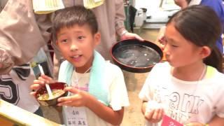 2017.07.28.一休さん修行会.お楽しみの「流しそうめん」 thumbnail