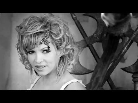 Клип Ysa Ferrer - Je vois