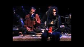 Susheela Raman ~ Mohabbat Ki Jhooti/Kehnde de Naina (HAL tr.6/9)
