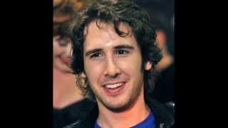 Watch Josh Groban Never Let Go video