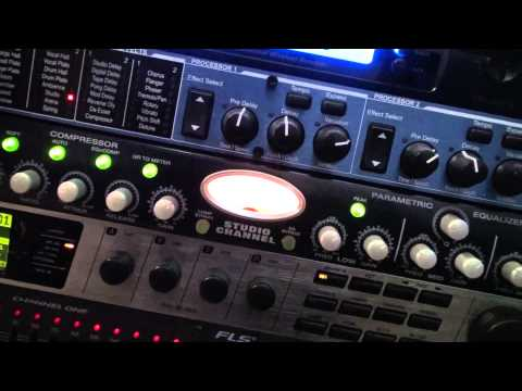 Comparing DBX 286A and Presonus Studio Channel on live home karaoke