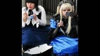 Gwen Stefani - Harajuku Girls thumbnail