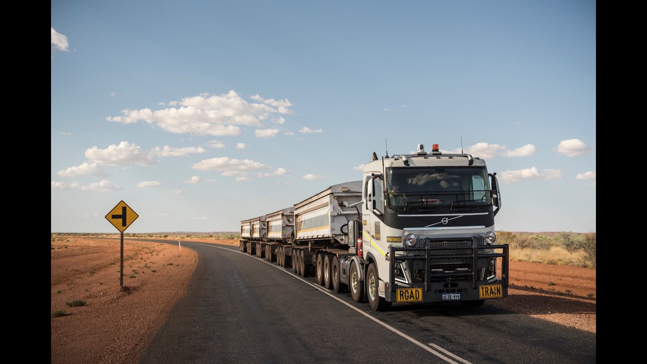 Volvo Trucks - 175 tonnes road train through the ...
