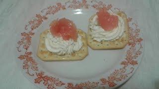 Закуска с семгой и сыром на праздничный стол