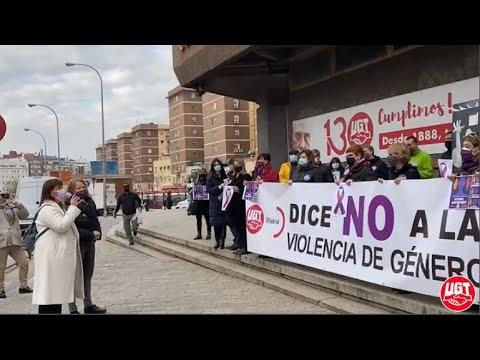 41 globos en memoria de las víctimas de la violencia machista