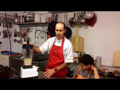 השף אסף לשר ורועי מכינים חמאת בוטנים