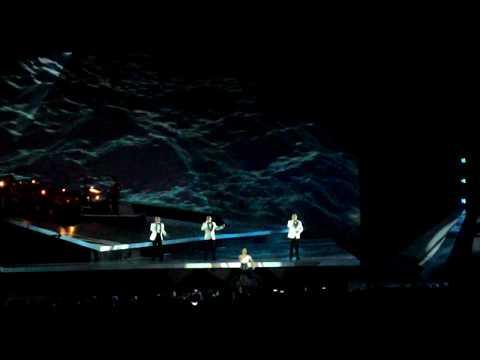 LIBERO FT KRISDAYANTI - MAKIN AKU CINTA II Konser TRAYA  2015