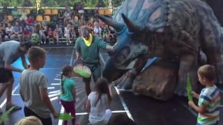 Первое в Украине интерактивное шоу динозавров в Одессе .