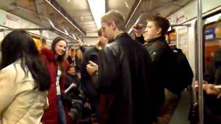 Приколы в метро.mp4