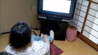 認知症の母は週3回のディサービス以外の日は、家でいると、終日テレビを...