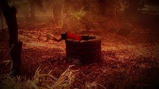 小男孩玩捉迷藏太入迷,一脚滑入井中,30年后才被发现