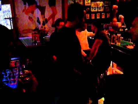 Elf Freunde Bar
