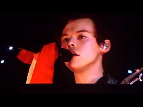 IF I COULD FLY - Harry Styles live in Paris - 13/03/2018